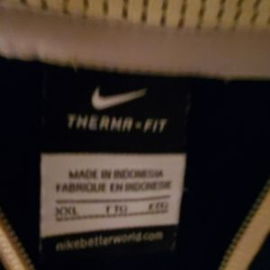 Nike Jackets & Coats - Nike navy blue and gold thermal drive fit jacket